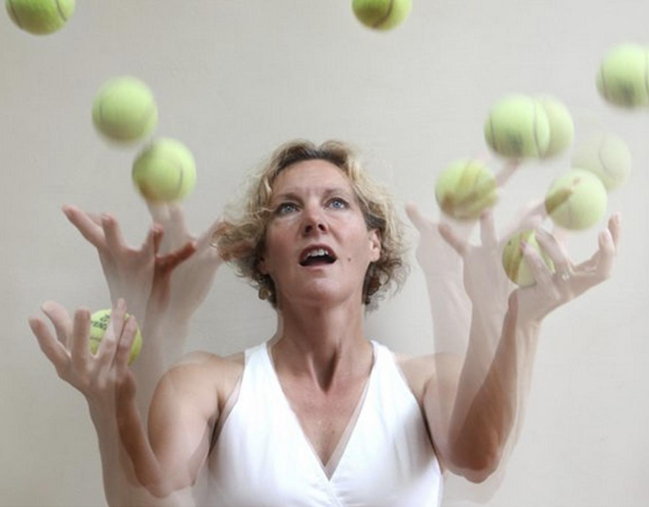 GRATIS WEBINAR: Alle ballen in de lucht en doodmoe. Van stress naar ontspanning.